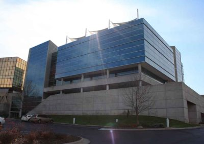 Omaha-Commercial-Window-Cleaning-10